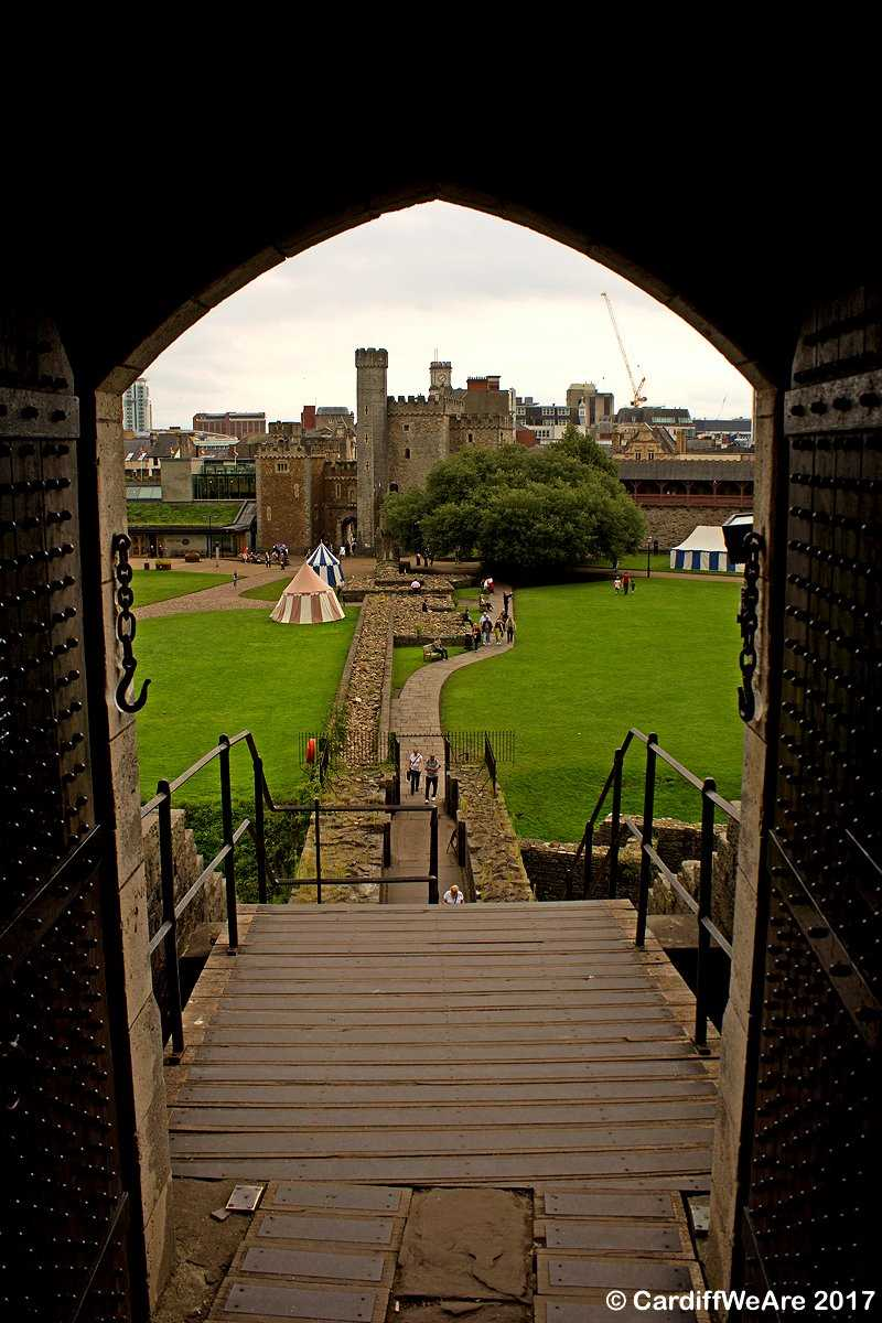 The extremely enchanting Cardiff Castle